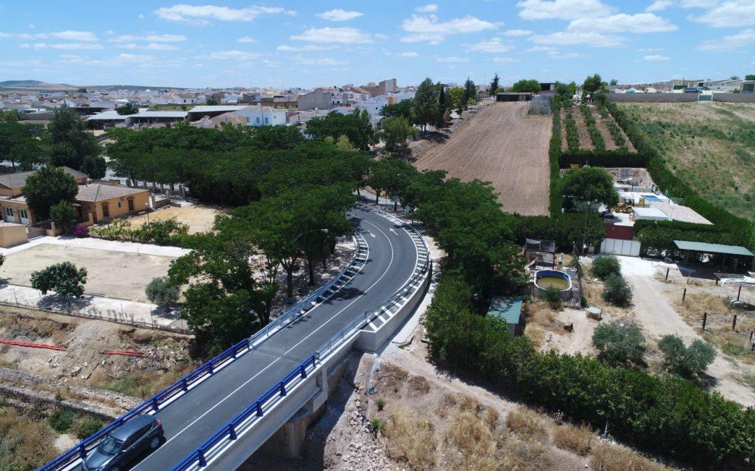 Rehabilitado en tiempo récord el puente que une El Rubio con Estepa