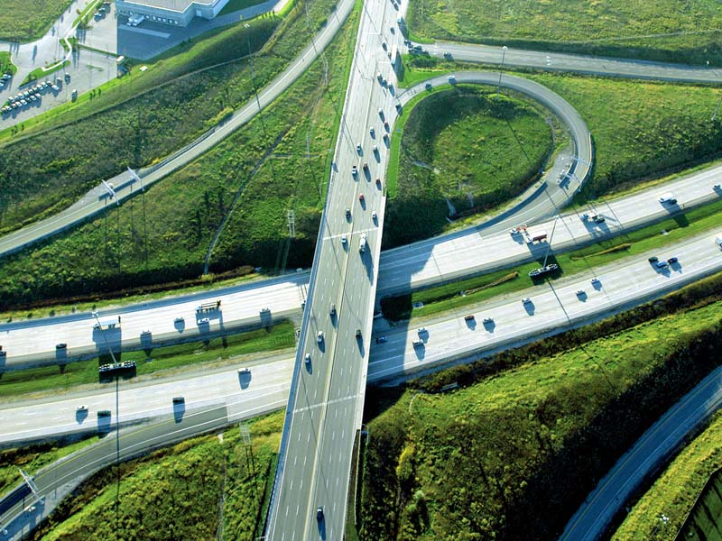 La autopista 407 ETR de Toronto, operada por Cintra, podría ser la primera con vehículos autónomos en América