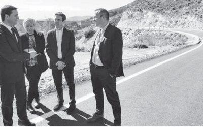 58 proyectos y 17 millones en las carreteras almerienses