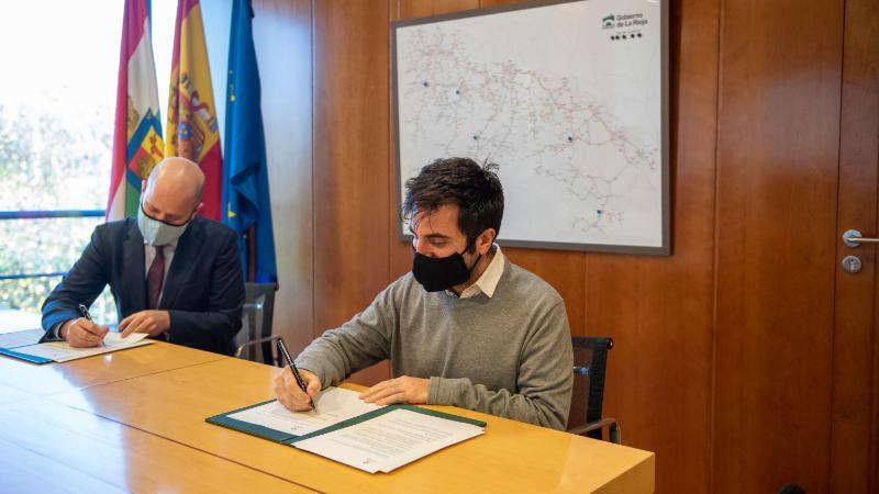 El nuevo Plan de Carreteras riojano contempla carriles bici y peatonales entre localidades próximas