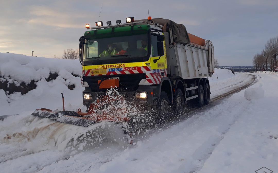 Un total de 210 personas de Becsa y Durantia han trabajado para garantizar la vialidad durante las nevadas