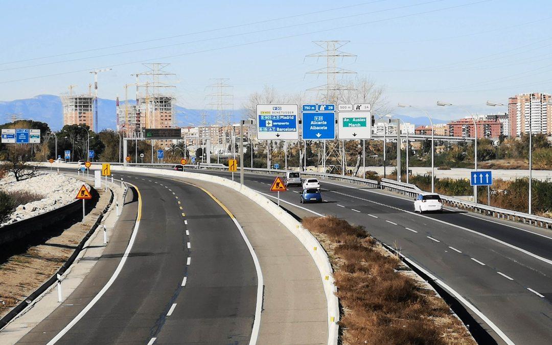 El sector de la señalización vertical, a favor de una tarificación por kilómetro en la red de autovías