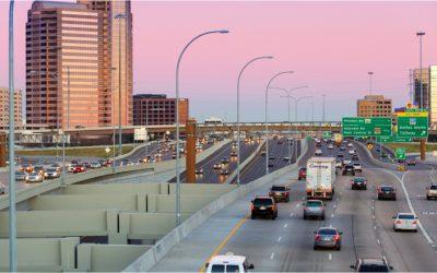 Objetivo 2026: así serán las carreteras conectadas que controlarán el tráfico