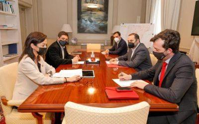 Diputación de Jaén: Reyes aborda con Ábalos mejoras en las comunicaciones por tren y carretera