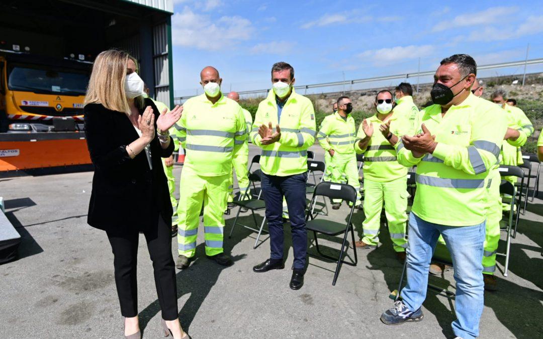 La Junta rinde homenaje a los trabajadores que ayudaron en Madrid durante la borrasca Filomena