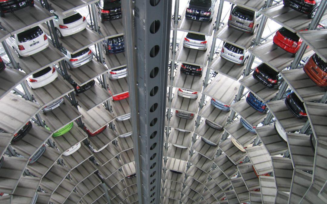 Señalización inteligente para parkings laberínticos: adiós al estrés por aparcar