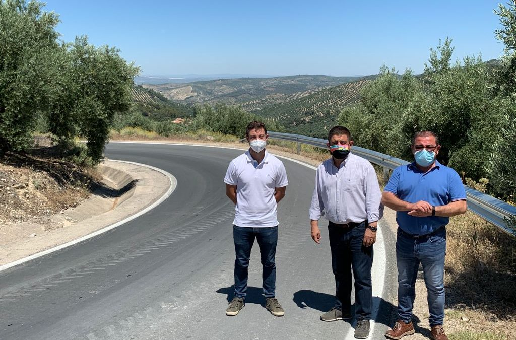Diputación de Jaén: Reyes inaugura tras su adecuación la carretera JA-8105 en La Iruela