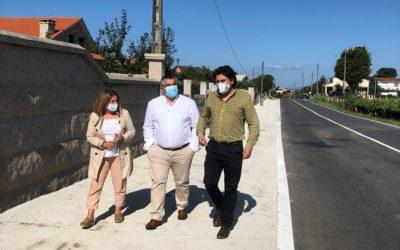 Pontevedra: la Diputación instala nuevas cunetas en Sisán para transitar de forma segura