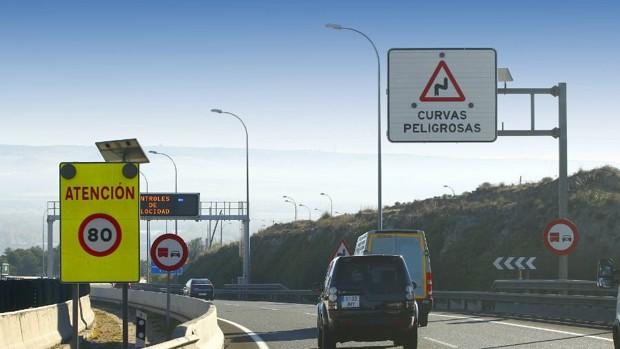 El limbo de las más de cien señales 'no oficiales' de las carreteras españolas